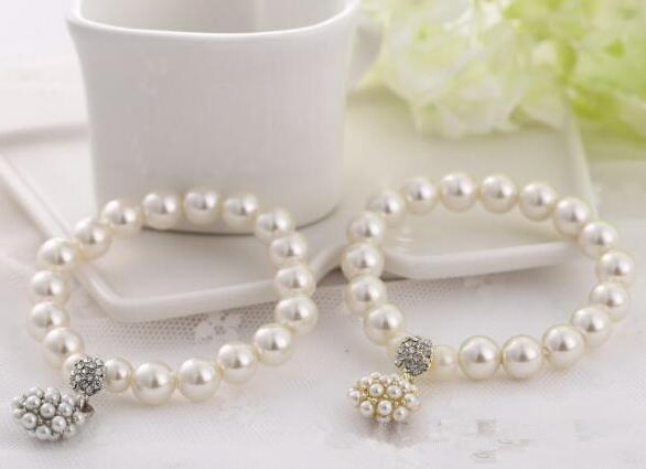 Luxury Fashion Designer Pearl Beaded Bracelet Bridal Charm Jewelry For Women Lady Girl Beautiful Elastic Bracelet Lovely Wedding Jewellery