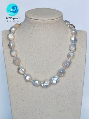 collier de perles en forme de diamant