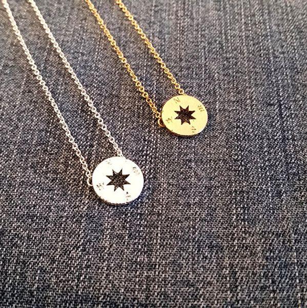 10 PCS de Prata de Ouro Pequeno Compass Colares Pingente de Charme para As Mulheres Homens Sul Direção Colar Disco Círculo Colares de Disco Jóias Coin