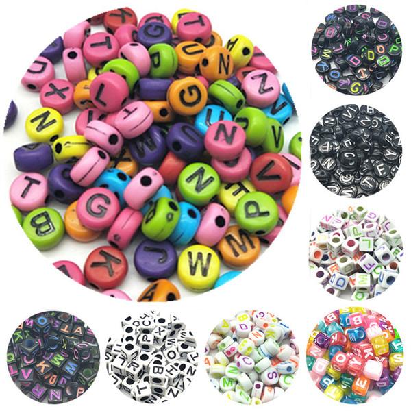 100pcs / lot 7mm Main Ronde Carré Coloré Alphabet / Lettre Perles Acryliques pour BRICOLAGE Bracelet Collier Lettre Au hasard Cadeau