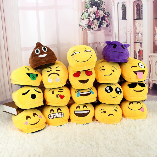top popular 18Styles Emoji Slippers 2pcs pair Cartoon Sweet Warm Plush Slipper QQ Expression Unisex Slippers Winter Household Casual Shoes AAA1231 2020