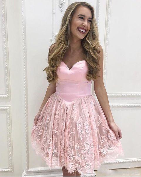 2018 сладкие короткие розовые платья возвращения на родину кружева атласная линия выше колен халаты де коктейль платье