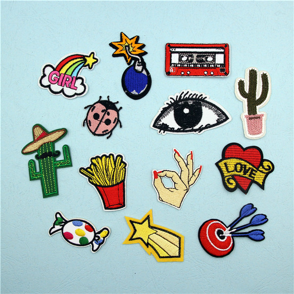 best selling Fashion Embroidered Patches for Clothing Bags Shoes Hats Accessories DIY Patches Dreamcatcher Rainbow Plant Animal Patch