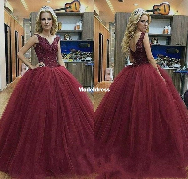Sweet 16 Burgundy Lace Quinceanera Dresses 2018 V Neck Appliques Crystal Corset Back Princess 15 Years Girls Prom Party Gowns Customized