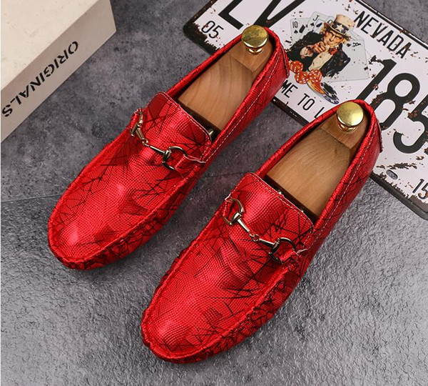 Dress scarpe versione coreana del selvaggio traspirante scarpe casual rosse ragazzi sociali un pedale scarpe pigri