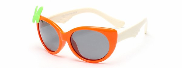 orangefarbener Rahmen + weiß