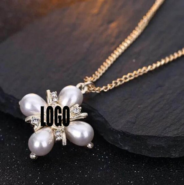 New Luxury Pearl Crystal Four Leaf Clover Pendant Necklace Double Layers Letters Logo Clavicle Chain With Stamp Jewelry Women Gift Accessory