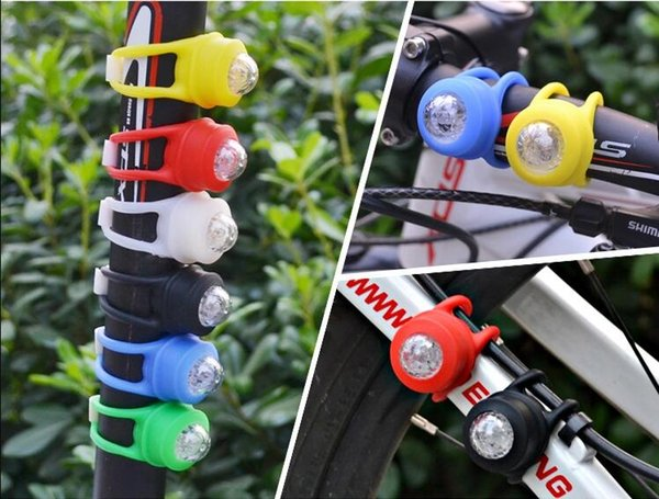top popular Bicycle Cycling Lamp Silicone Bike Head Frog light Rear Wheel LED Flash Bicycle Light Lamp Bike Taillight Tail Lamp With CR2032 Battery W13 2019