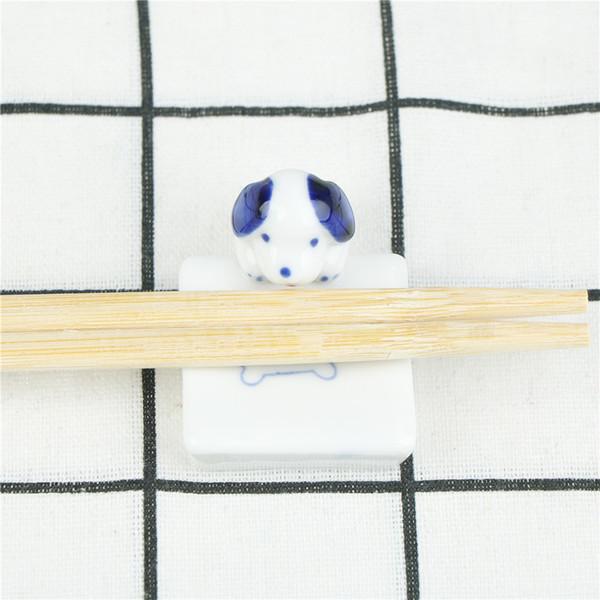 Dog Cat Chopsticks Holder Ceramic Chopsticks Cartoon Holder Rack Mat Care Fashion Kitchen Tableware 1pc