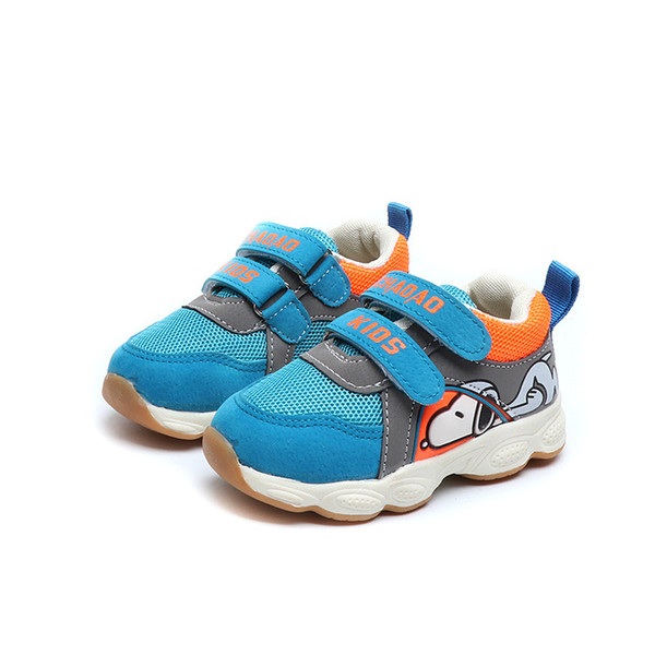2018 European fashion shoes for girls boys cartoon animation Patch cute baby shoes high quality sports running baby sneakers