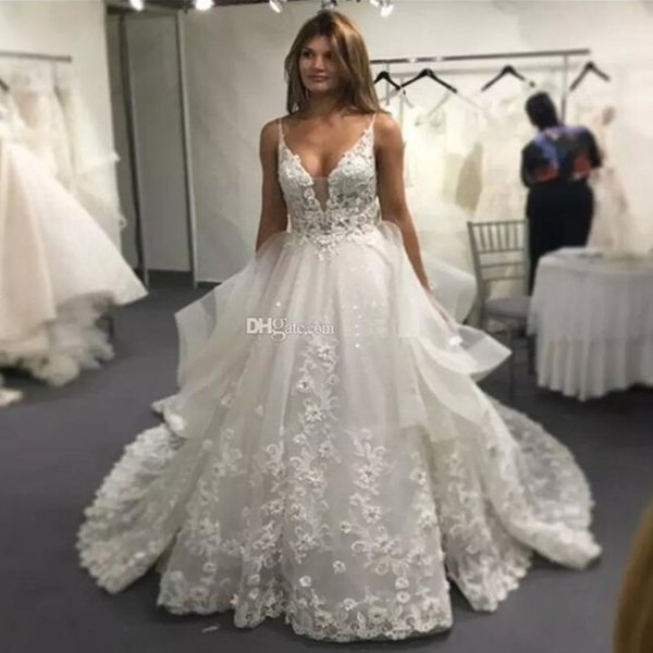 Vinca sunny Lace Wedding Dresses 2019 Sexy Backless V Neck Applique Long Court Train 3D Lace Summer Bridal Gowns Vestido Casamento