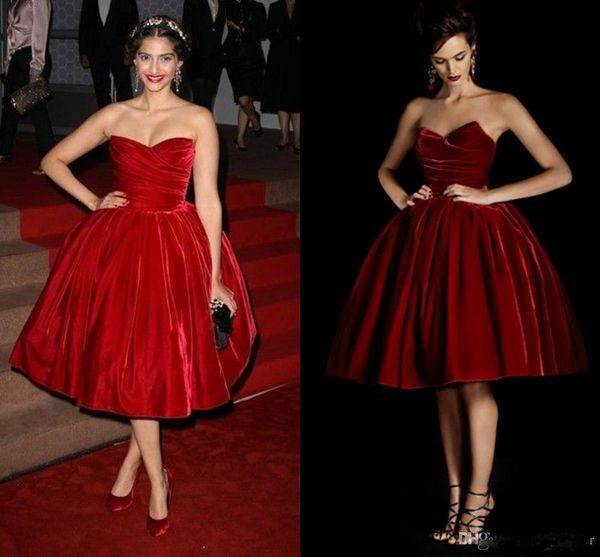 Vintage Burgundy Velet Short Prom Dresses With Sweetheart Ruffle Knee LEngth Back Zipper Elegant REd Carpet DRess