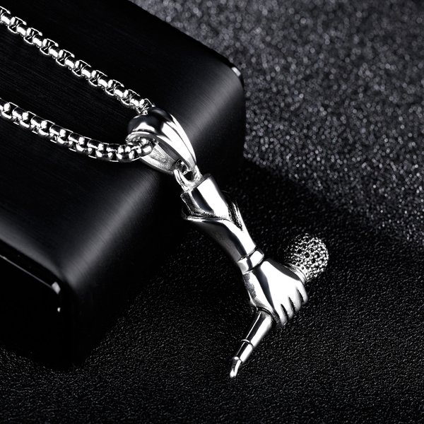 Europa y Estados Unidos Punk Tide creativo Cantante Masculino Y Femenino Mini Micrófono de mano Collar Rock Hip-Hop Collar Bellamente Regalo Gratis DHL G888F