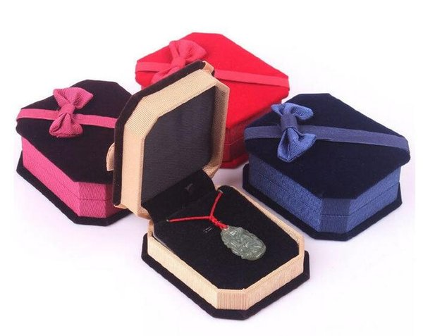 2018 New Arrivals Jewelry Boxes packaging Necklaces pendant Velvet Ring Earrings Elegant Classic Luxury Show Case Box 78*67*30MM