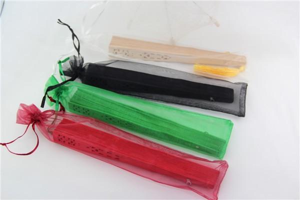 Nueva bolsa de seda de 10 colores para los fanáticos de la mano Bolsa de regalo de organza para los fanáticos de la mano con cordón
