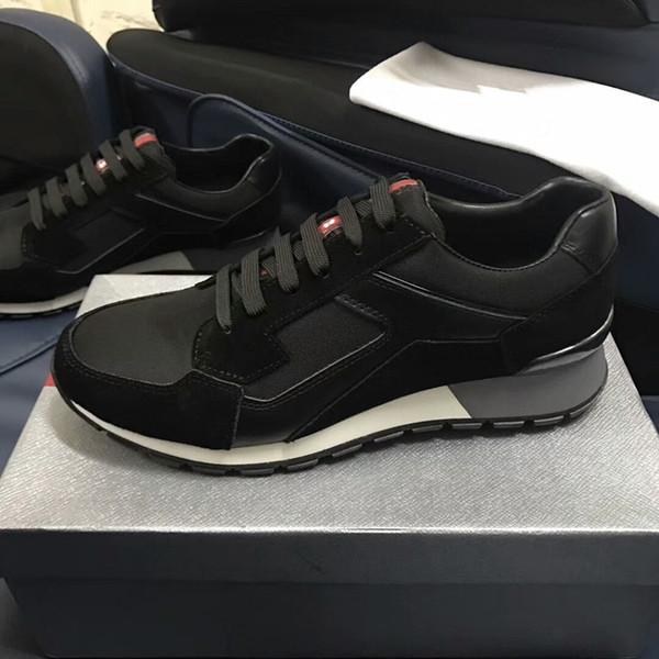 Lona dos homens e formadores de pele de bezerro Moda Europa Moda Sneaker Novo Sneakers B22 Trainer Técnica Knit Shoes xg18060101