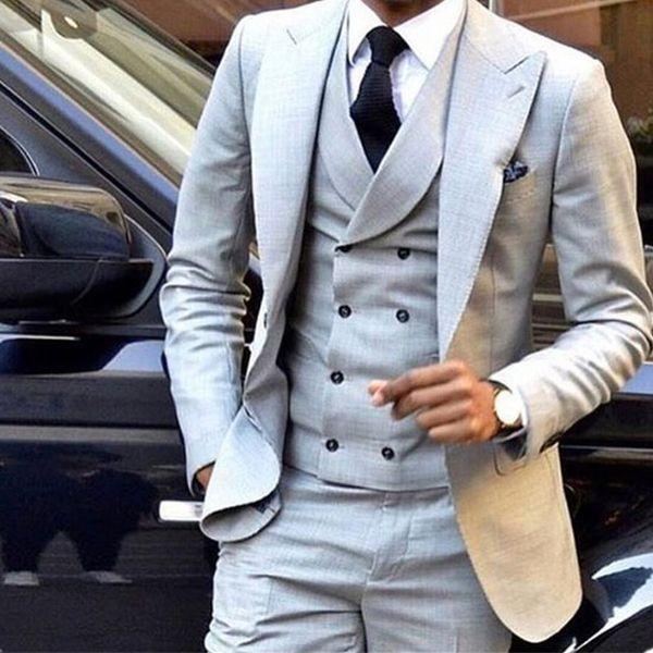 Abito da uomo grigio chiaro doppio petto slim fit skinny smoking 3 pezzi smoking (giacca + pantaloni + gilet)