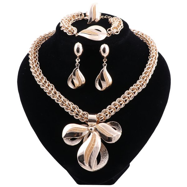 New Exquisite Dubai Jewelry Set Luxury Gold Color Big Nigerian Wedding African Beads Necklace Earrings Set Costume New Design