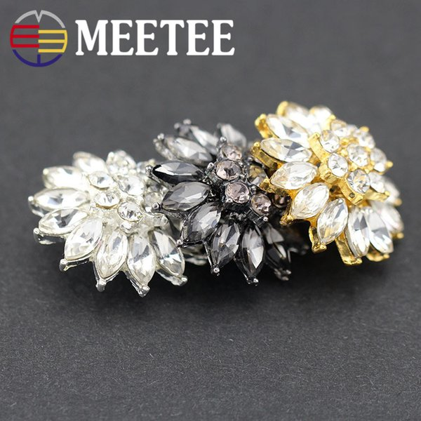 Meetee Fabulous Flower Ivory Pearl Metal Shank Rhinestone Button For Craft Beautiful Fashion Coat Buttons for Dress DIY accessoriesC2-17