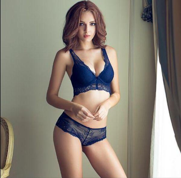 Venda por atacado- 4 cores Hot Sales Sexy Lace Bra Sets frente fechamento Bra + escavar cuecas underwear mulheres sutiã Breve Sets