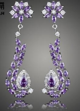 Nouvelle arrivée femmes mode bijoux de haute qualité cristaux de fleurs diamant mariée boucles d'oreilles amateur de cadeau de festival de Noël