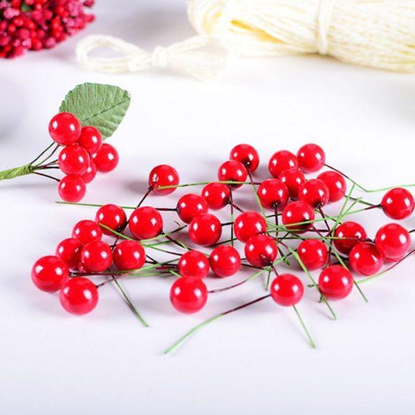100pcs christmas Small red fruits 10mm DIY decorations for home Berries tree decorations Gift adornos de navidad kerst navidad Y18102609