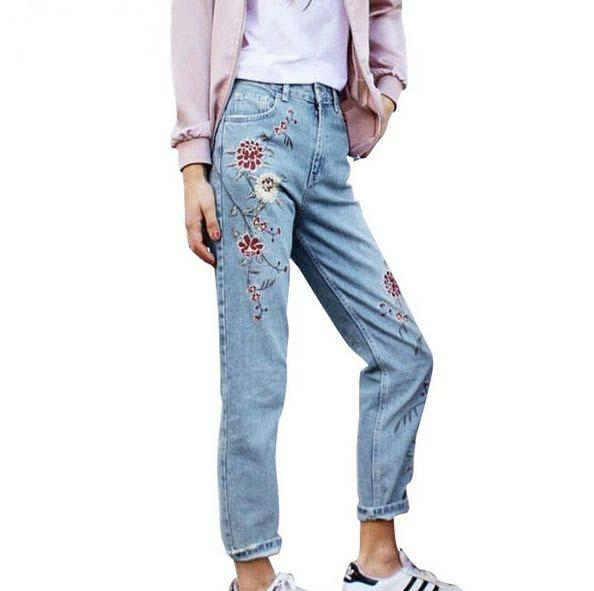 Nuevos pantalones vaqueros de mezclilla mujer pantalones de jeans de ocio bordado flor para mujeres bolsillos azules sueltos mujeres rectas inferior