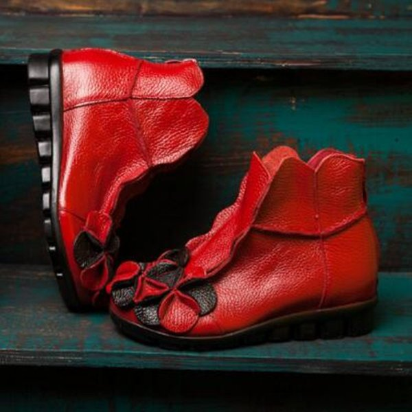 Rote Winterstiefel