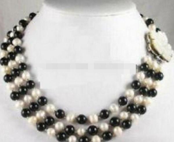 LL 1354 Collier avec 3 rangées de perles blanches véritables, perle noire et coquille
