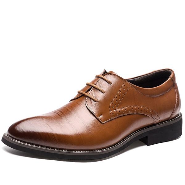 2018 neue hohe Qualität Echtes Leder Männer Brogues Schuhe Lace-Up Bullock Business Kleid Männer Oxfords Schuhe männliche formale Schuhe
