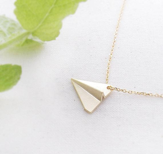 30pcs Origami Flying Airplane Necklace Gold/Silver Paper Plane Necklace Aircraft Flight Machine Necklace Jewelry for Friends