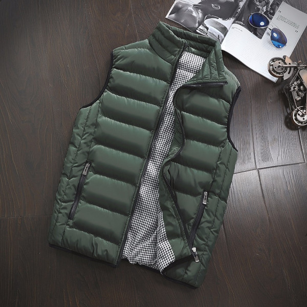 Vest Men New Stylish Autumn Winter Warm Sleeveless Jacket Army Waistcoat Men's Vest Fashion Casual Coats Mens Windproof Jackets