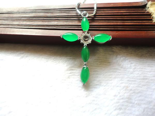 Natural Ma Laiyu Jade Cross Women Green Fashion Pendant