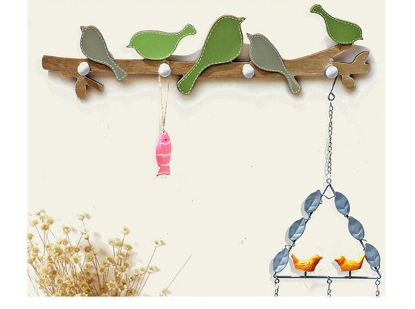 Wholesale Bird Style Robe Hooks American village Wooden Wall Hanging Racks