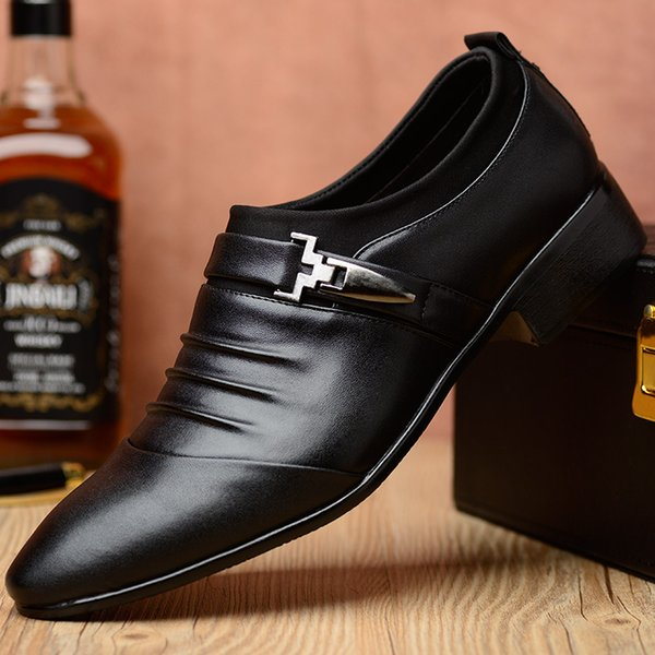 Soft leather casual men shoes england style fashion pointed toe slip on black white loafers brand male business shoes