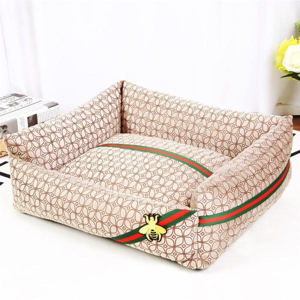 Khaki Grid Dog Kennel Pop Logo Stripe Rettangolo Doghouse Fashion Comfort Pet Cuscino per casa Specifiche multiple Pad casa dell'animale domestico