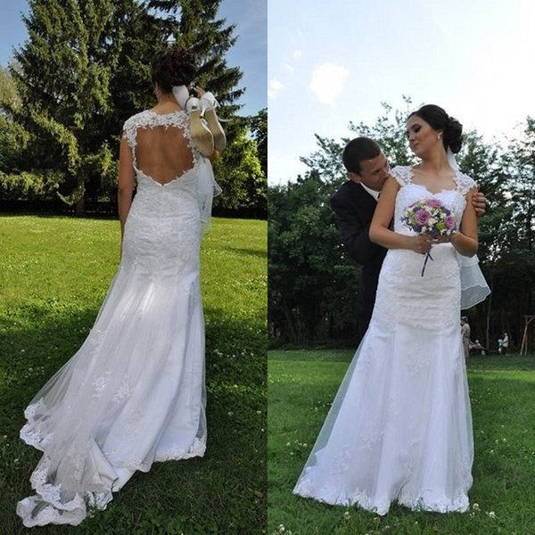 Country Wedding Dress Sweetheart Lace Appliques Sheer Shoulder Sexy Open Back Sleeveless Tulle Garden Beach Bridal Gowns Sweep Train