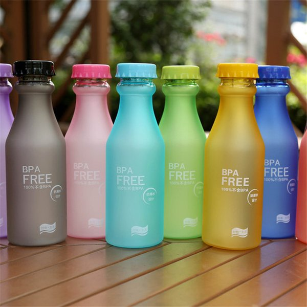 Botella de refresco de plástico irrompible caliente BPA GRATIS dulces colores jugo bebida botella de bebida sellado esmerilado transparente botella presurizada