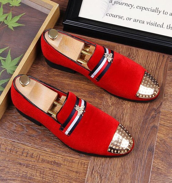 2018 New Style Fashion Metal Bee Buckle Men Velvet Shoes Party and Wedding Men's Dress Shoes Metal Sheet Toe Stripe Design Men Loafers 4