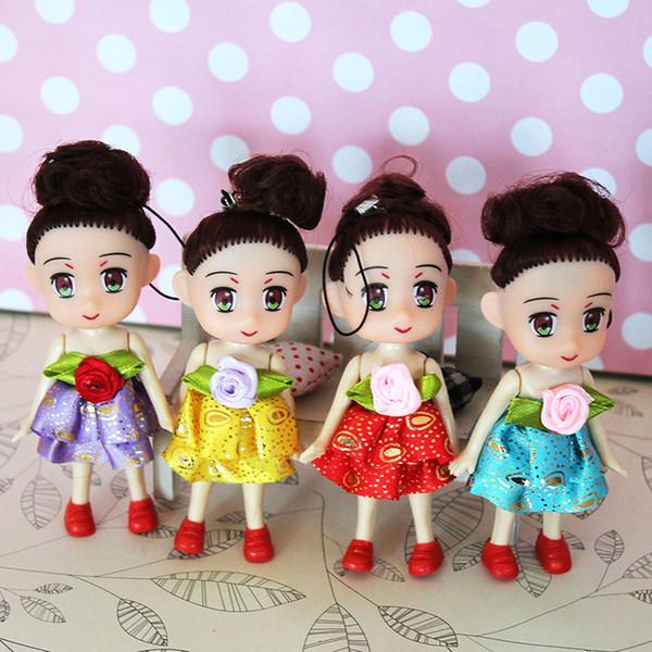 Fashion Baby Dolls Key Chain Random Color Kids Plastic Dolls Keyring Toys Mini Cute Plush Princess Girl