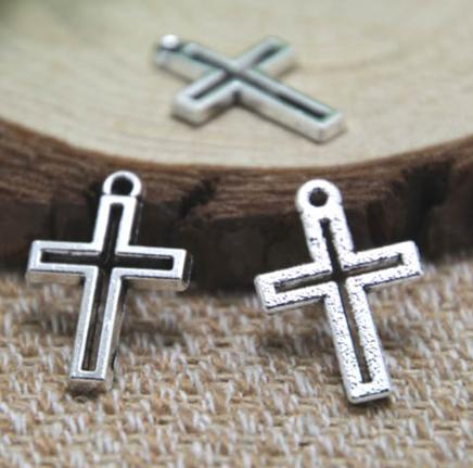 30pcs / lot croce fascino antico tibetano argento hollow croce pendenti con ciondoli 22x15mm