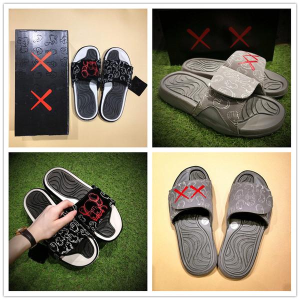 2018 KAWS de alta calidad x Cool Grey XX Sandalias Hydro 4 IV Zapatillas Light Night Zapatillas Black Red White 4s Zapatillas Slides deportivas ocasionales 40-46