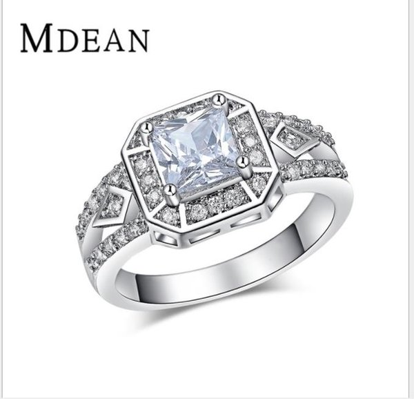 2018Exquisite white gold trend ring with high quality zircon.