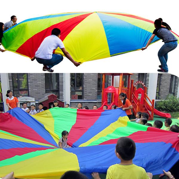 Kid Outdoor Sports Entwicklung Spielzeug Regenbogen Regenschirm Fallschirm Spielzeug für Kinder Kinder Zusammenarbeit Ausbildung Spielen Fallschirm Zufällig