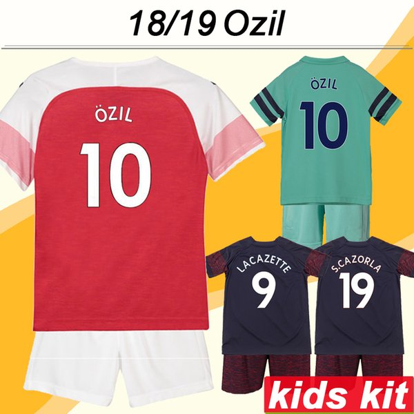 2018 19 OZIL Kid Kit camisetas de fútbol RAMSEY LACAZETTE KOSCIELNY Camisetas de fútbol de visitante del 3ro. MUSTAFI WELBECK S.CAZORLA Mangas cortas para niños