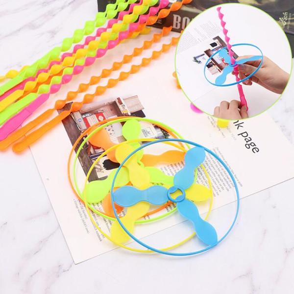 1000 STÜCKE Spin Mix Farbe Licht Im Freien Spielzeug Fliegende Untertasse werfen und fangen disc Kategorie UFO Kinder bildung Spielzeug Für kinder Geschenk