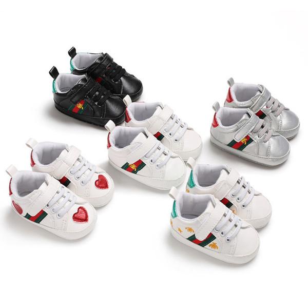 Bébé garçon rayure baskets bébé filles abeilles broderie premier marcheur mode amour coeur modèle anti-dérapant chaussures de plein air pour enfants concepteur Y4382