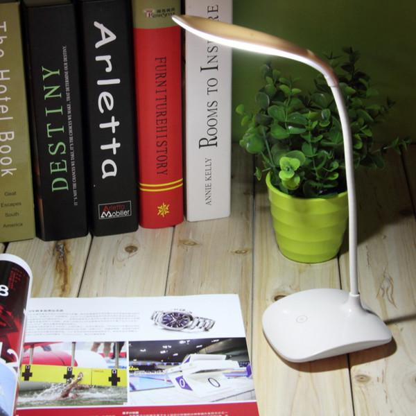 Lámpara de mesa flexible LED Lámparas de escritorio Luz ajustable USB Recargable Sensor táctil para estudio de estudio Lectura luz de protección ocular