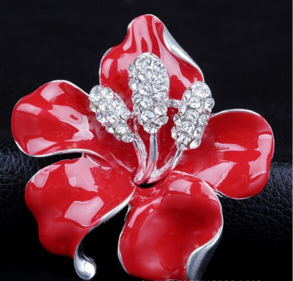 La version coréenne de la perle collier broche mode gros usine directe en gros cheveux fait bijoux usine 78418