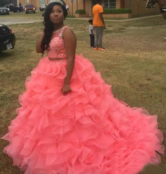 Watermelon Quinceanera Dresses 2018 Organza Masquerade Two Pieces Ball Gown Prom Dress Sweet 16 Girls Lace Up Back Ruffles Full Length
